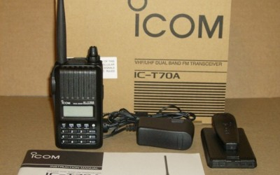 Icom T70A VHF/UHF Dual Band Handheld Ham Radio